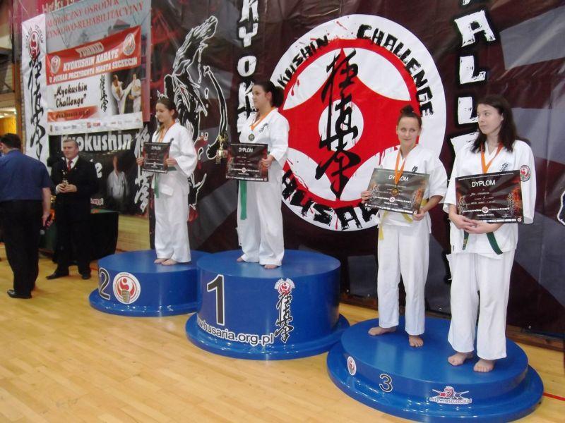 Świnoujska Akademia Karate Kyokushin znowu z tarczą i medalami