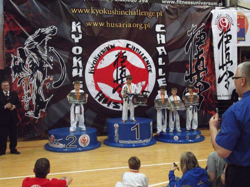: Świnoujska Akademia Karate Kyokushin znowu z tarczą i medalami